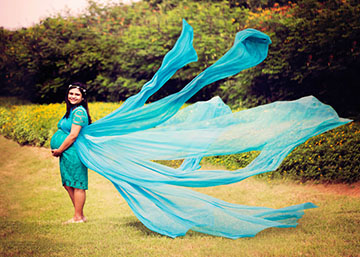 Maternity Photographer in Hyderabad